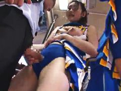 Japanese cheerleader pumelled on the bus