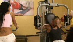 Taunting stunner in the gym has three-way