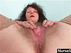 Aged inexperienced dame extremly furry labia self exam