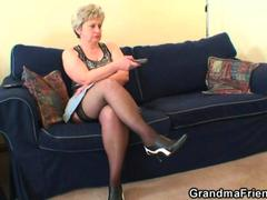 Old hoe takes schlongs after getting off