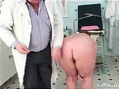 Mature gyno old vagina exam clinic gyno doctor mummy granny