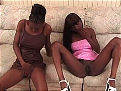 ébène, éjaculations, masturbation, trios, pipes, interracial
