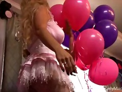 Birthday chick kelly madison deep-throating her fellow candle