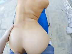 Luxurious and scorching blonde making her booty move for a kinky stiffy !