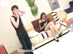 strap-on dildo, lesbo, lesbo, dominointi, strap-on dildo, narttu