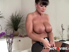 Big-titted lisa ann 1