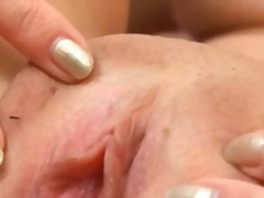 Extraordinary closeup on throbbing pussy muscles
