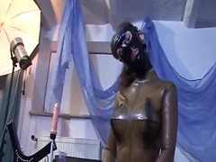 brunete, dominare sexuala, latex, sclavie, fetish