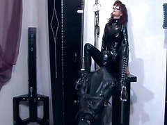 dominatie feminina, dominare sexuala, latex, sclavie, fetish