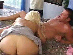 Promiscuous blonde wifey cuckolding