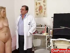 Blond-haired chubby mummy tested by fuckbox doctor