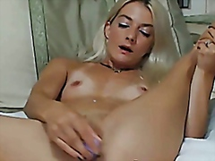 Blonde cutie reaches climax hd