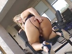 Wonderful blonde tranny milks