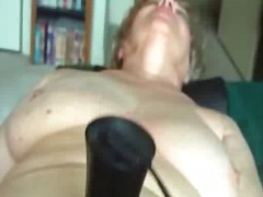 Bbw tries out her hefty hitachi