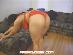 Hook-up chat with jada crimson leads to getting head!