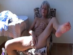 Insatiable older granny draining with fucktoy