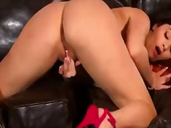 Solo act of the marvelous taylor vixen