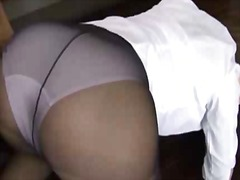 Asian lady in tights giving head