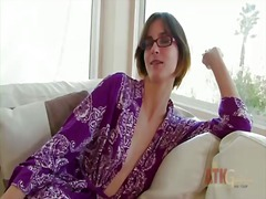 Brunette jay taylor with puny bra-stuffers is on the way to climax with fake penis in her cunt