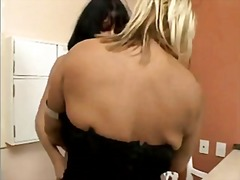 Granny lesbos francine ferrari and safira enjoy to munch twat