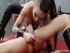Alektra blue and christy mack in lezzie joy