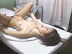 Erotic voyeur rubdown movie with a good japanese lady