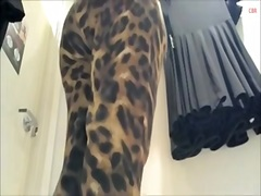 Teenage in leopard trousers and with erotic switching room upskirt