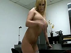 Shyla stylez the bigtitted mummy fingers and playthings sitting onto the table