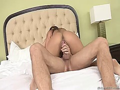 Senora jynx labyrinth loses control after mick blue inserts his throbbing ram rod in her mouth