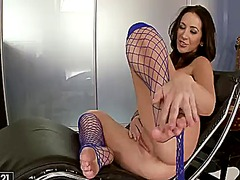 Jayden jaymes takes fucktoy in her pussy