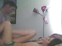Screaming hotty and her tatooed bf sextape